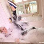 W212 Eileen taking a foam bath